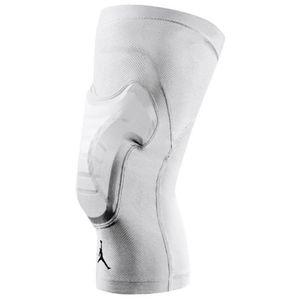 NWOT Nike Pro Combat Padded Basketball Knee Sleeve
